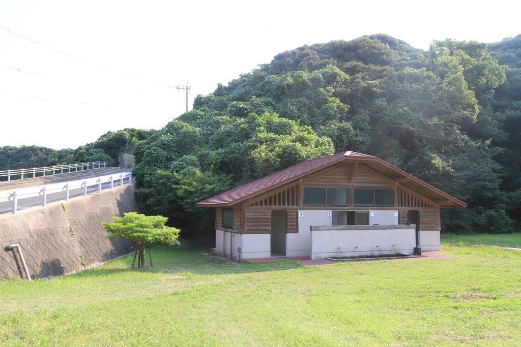 串山キャンプ場のトイレ